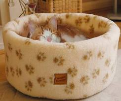 Danish Design Cat Fleece Bed